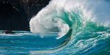 Giant surf at Waimea Bay Shorebreak, North Shore, Oahu, Hawaii Fotografie-Druck von Mark A Johnson