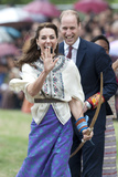 Prince William and Kate, Laughing Trying Archery in Bhutan Foto von  Associated Newspapers