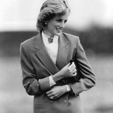 Princess Diana in Bedfordshire Visiting Disabled Children Foto von  Associated Newspapers