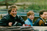 Princess Diana with Prince William and Prince Harry on Ride Foto von  Associated Newspapers