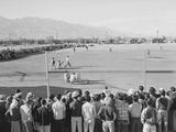 Baseball game, Manzanar Relocation Center, 1943 写真プリント : アンセル・アダムス