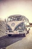 Surfers Vintage VW Bus Fotografie-Druck von Edward M. Fielding