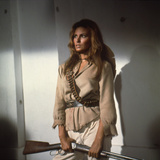 100 RIFLES, 1969 directed by TOM GRIES with Raquel Welch (photo) Valokuva