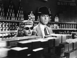 DOUBLE INDEMNITY, 1944 directed by BILLY WILDER Barbara Stanwyck and Fred McMurray (b/w photo) Photo