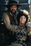 GOIN' SOUTH, 1978 directed by JACK NICHOLSON John Belushi and Mary Steenburgen (photo) Photographie