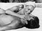 La piscine by Jacques Deray with Alain Delon and Romy Schneider, 1969 (b/w photo) Foto