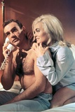 Goldfinger by GuyHamilton with Sean Connery (James Bond 007) and Shirley Eaton, 1964 (photo) Photo