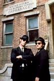 THE BLUES BROTHERS, 1980 directed by JOHN LANDIS Dan Aykroyd and John Belushi (photo) Foto