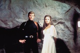 LIVE AND LET DIE, 1973 directed by GUY HAMILTON Roger Moore / Jane Seymour (photo) Photo