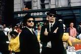THE BLUES BROTHERS, 1980 directed by JOHN LANDIS John Belushi and Dan Aykroyd (photo) Foto