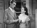 SHADOW OF A DOUBT, 1943 directed by ALFRED HITCHCOCK Joseph Cotten / Teresa Wright (b/w photo) Foto