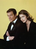 Moonraker by Lewis Gilbert with Roger Moore, Lois Chiles, 1978 (photo) Photo