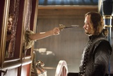 THE THREE MUSKETEERS (L-R) MILLA JOVOVICH and MATTHEW MACFADYEN star in THE THREE MUSKETEERS 3D. (p Photo