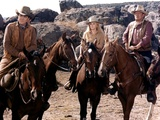Les Voleurs by Trains THE TRAIN ROBBERS by BurtKennedy with Ben Johnson, Ann-Margret and John Wayne Foto