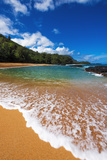 Sand and surf at Lumahai Beach, Island of Kauai, Hawaii, USA Premium fotografisk trykk av Russ Bishop