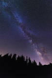 The Milky Way over Rose Valley, Los Padres National Forest, California, USA Reproduction photographique Premium par Russ Bishop