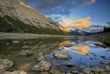 Canada, Alberta, Jasper National Park. Colin Range reflection in Medicine Lake at sunset. Fotoprint van Jaynes Gallery