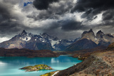 Torres Del Paine National Park, Lake Pehoe and Cuernos Mountains, Patagonia, Chile Fotografisk trykk av  DmitryP
