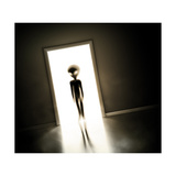 Alien at Door Posters tekijänä  _Lonely_