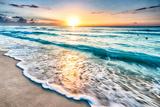 Sunrise over Beach in Cancun Fotoprint van  rebelml