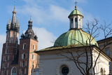 Cracow - the Church of St. Adalbert and Mariacki Church Reproduction photographique par  wjarek