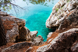 Blue Sea and Rocks Fotografisk trykk av  Lamarinx