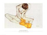 Sitzendes Mädchen mit gelbem Tuch Kunstdrucke von Egon Schiele
