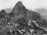 An Elevated View of About Half of the City of Machu Picchu Premium fototryk af Hiram Bingham