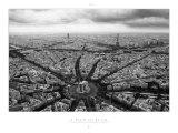 Paris, Place Charles-de-Gaulle, auch Place de l'Étoile oder Sternplatz genannt, aus der Vogelperspektive Poster von Guillaume Plisson