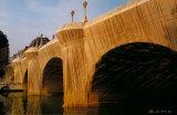 Pont Neuf Wrapped VIII, c.1985 Fotografisk tryk af  Christo
