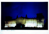 Reichstag - Westfassade Bei Tiefer Nacht - Signed Reproduction pour collectionneur par  Christo