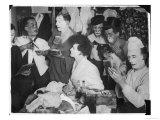 Bunch of Clowns from the Bertram Mills Circus Apply Their Make-Up in Their Dressing-Room Impressão giclée
