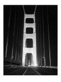 1937 Golden Gate Bridge at Night Poster Giclée-Druck von Photo Archive Underwood