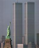 America Stands Tall Plakater af Adam Woolfitt
