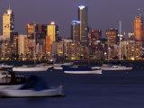 City Skyline From Williamstown, Melbourne, Australia Lámina fotográfica por Glenn Beanland
