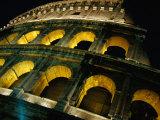 Le Colisée illuminé la nuit Rome, Italie Reproduction photographique par Glenn Beanland