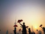 Morning Tai Chi Exercise in the Bund, Shanghai, China Lámina fotográfica por Ray Laskowitz