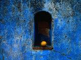 The Weathered Blue Facade to Santa Maria Tonantzintla,Puebla, Mexico Lámina fotográfica por Jeffrey Becom