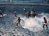 Children Playing Soccer Game in Street, Antofagasta, Chile Lámina fotográfica por Eric Wheater