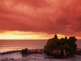 Tanah Lot, Sea Temple, at Sunset, Bali, Indonesia Reproduction photographique par Anders Blomqvist