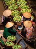 Floating Market along the Mekong Delta, an Giang, Vietnam Reproduction photographique par John Banagan