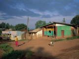 Village Scene, Goulisoo, Oromo Country, Welega State, Ethiopia, Africa Fotografisk tryk af Bruno Barbier