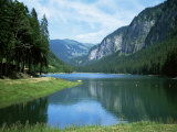 Lac Montriond, Morzine, Rhone Alpes, France Fotografisk tryk af Ethel Davies