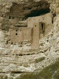 Pueblo Indian Montezuma Castle Dating from 1100-1400 AD, Sinagua, Arizona, USA Impressão fotográfica por Walter Rawlings