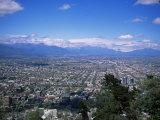 Santiago and the Andes Beyond, Chile, South America Lámina fotográfica prémium por Christopher Rennie