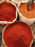 Spices, Tinerhir Souk, Ouarzazate Region, Morocco, North Africa, Africa Fotografie-Druck von Bruno Morandi