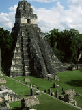 Temple of the Great Jaguar in the Grand Plaza, Mayan Ruins, Tikal, Peten Fotografie-Druck von Robert Francis
