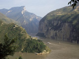 Upstream End Seen from Fengjie, Qutang Gorge, Three Gorges, Yangtze River, China Reproduction photographique par Tony Waltham