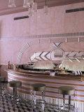 Art Deco Period Bar Area, Usha Kiran Palace Hotel, Gwalior, Madhya Pradesh State, India Reproduction photographique par John Henry Claude Wilson
