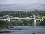 Menai Bridge, Wales, United Kingdom Reproduction photographique par Adam Woolfitt